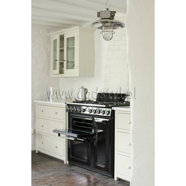 SMEG TR93BL  Kuchnia wolnostojąca z płytą gazową z serii